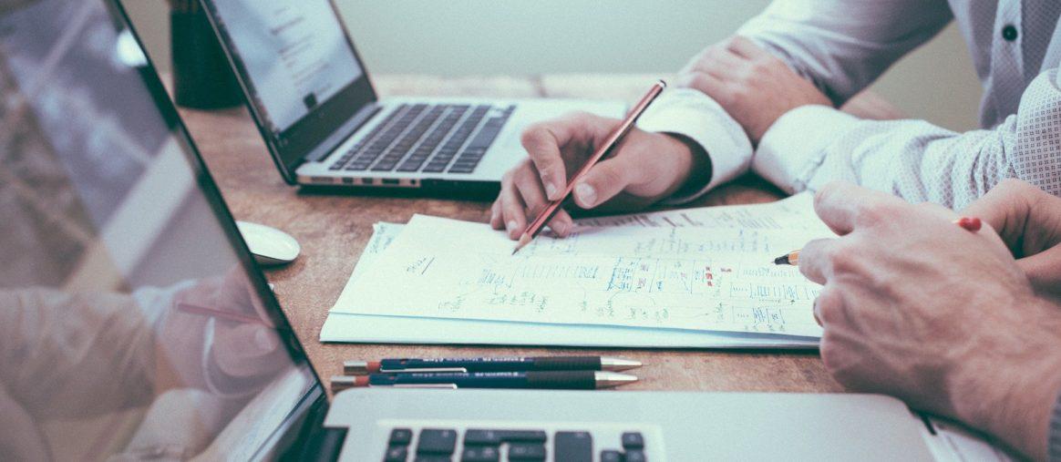 Steuersprechtag Schreibtisch